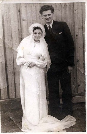 Lilly Friedman and her husband at their wedding