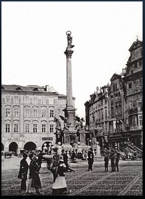 Marian column in Old Town Square /radio.cz image